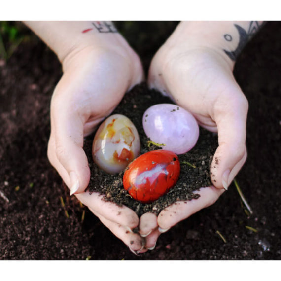 Yoni egg from Yoni brand, GIA certified